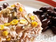 Руло със свинска кайма, гъби и царевица